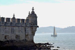 Detalle de las almenas en la Torre de Belém