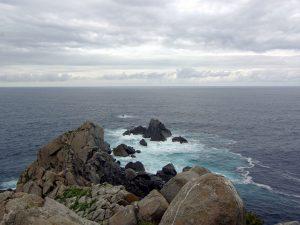 Límite de las aguas del Cantábrico con las aguas del océano atlántico