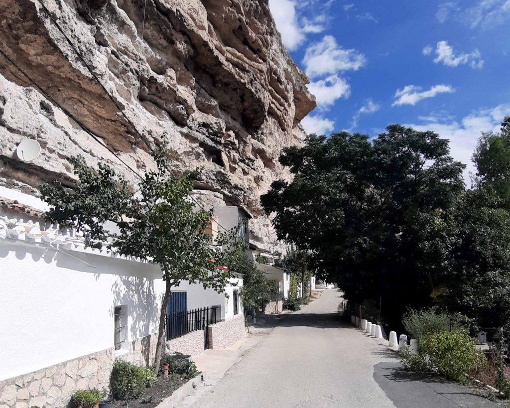 Camino hacía Jorquera de los pueblos más bonitos de Albacete, por Ribera de Cubas