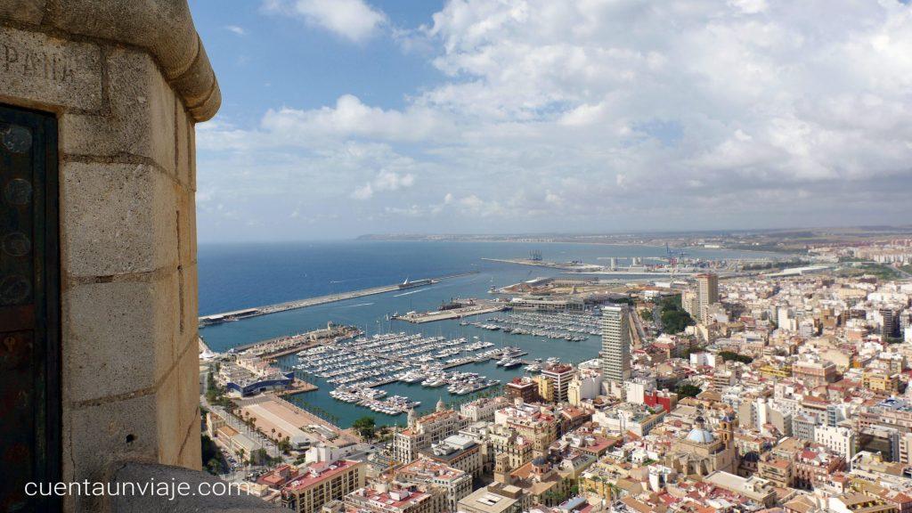 Skyline de Alicante desde el Castillo de Santa Bárbara